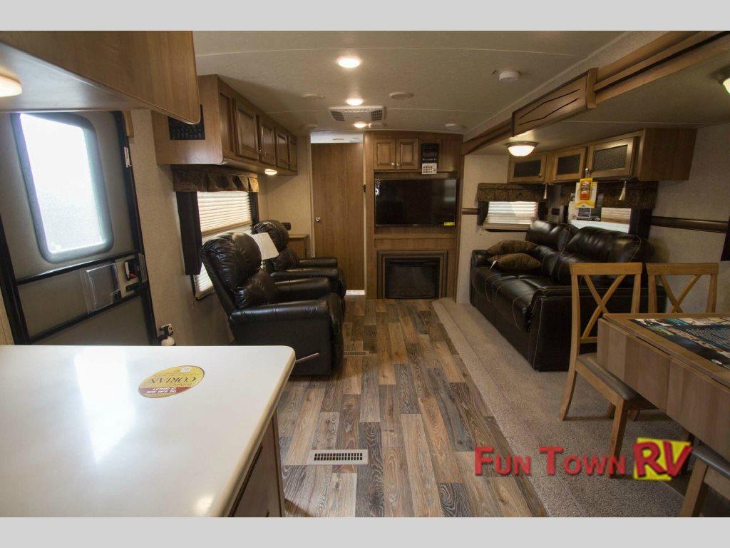 Rockwood Wind Jammer Travel Trailer Interior
