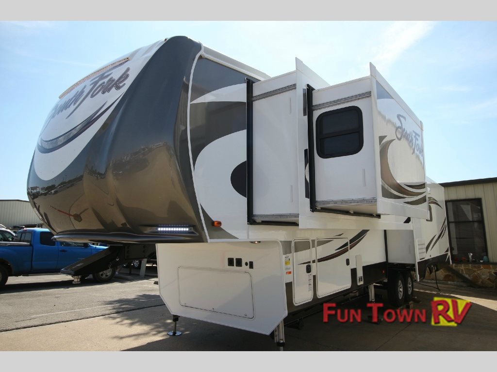 Fun town rv exclusive the new cruiser south fork fifth wheel