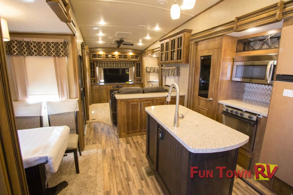 Coachmen Brookstone Interior