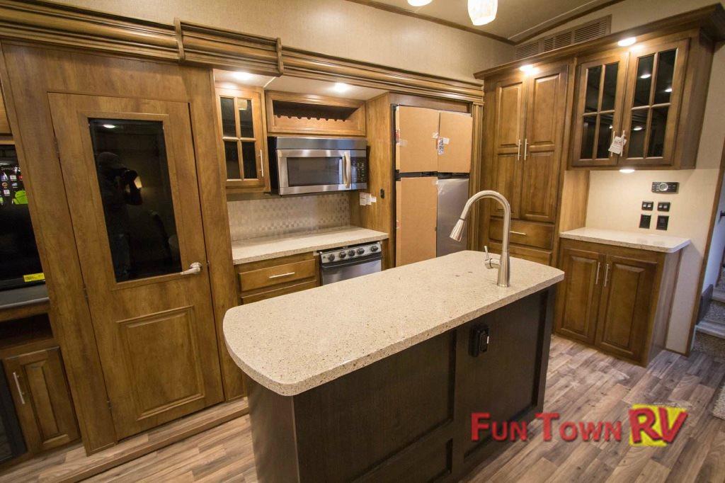 Brookstone fifth wheel kitchen