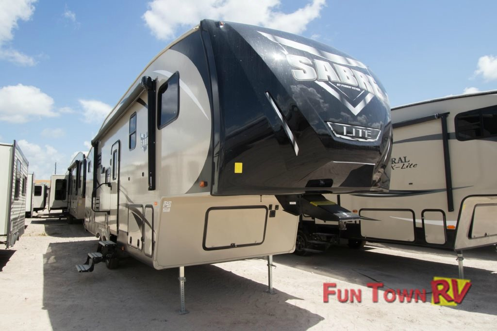 Forest River Sabre Lite Fifth Wheel