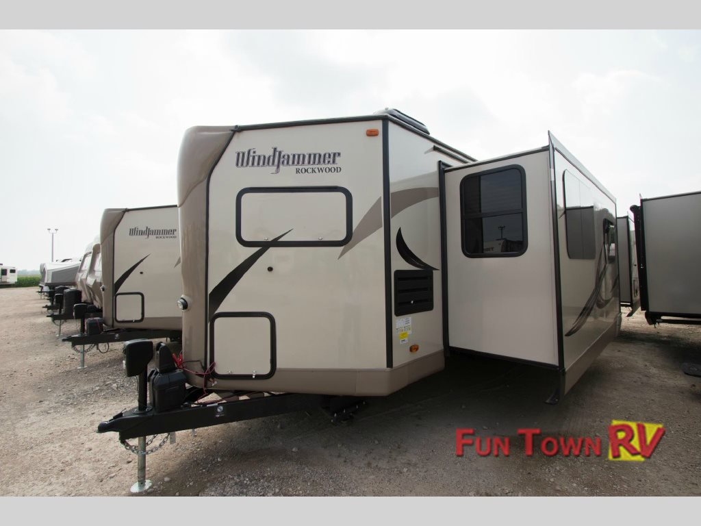 Forest River Rockwood Wind Jammer Travel Trailer