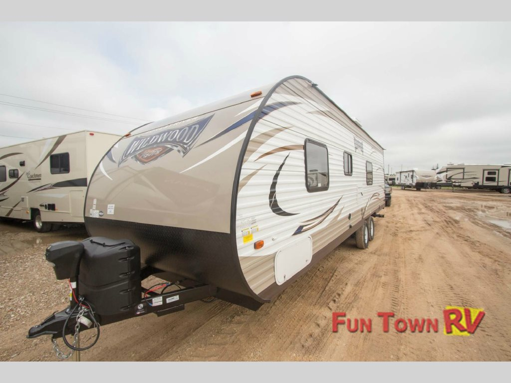 Forest River Wildwood X-Lite 275JMXL Travel Trailer