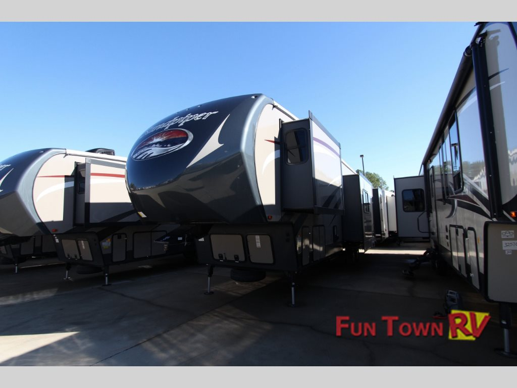 Forest River Sandpiper 380BH5 fifth wheel