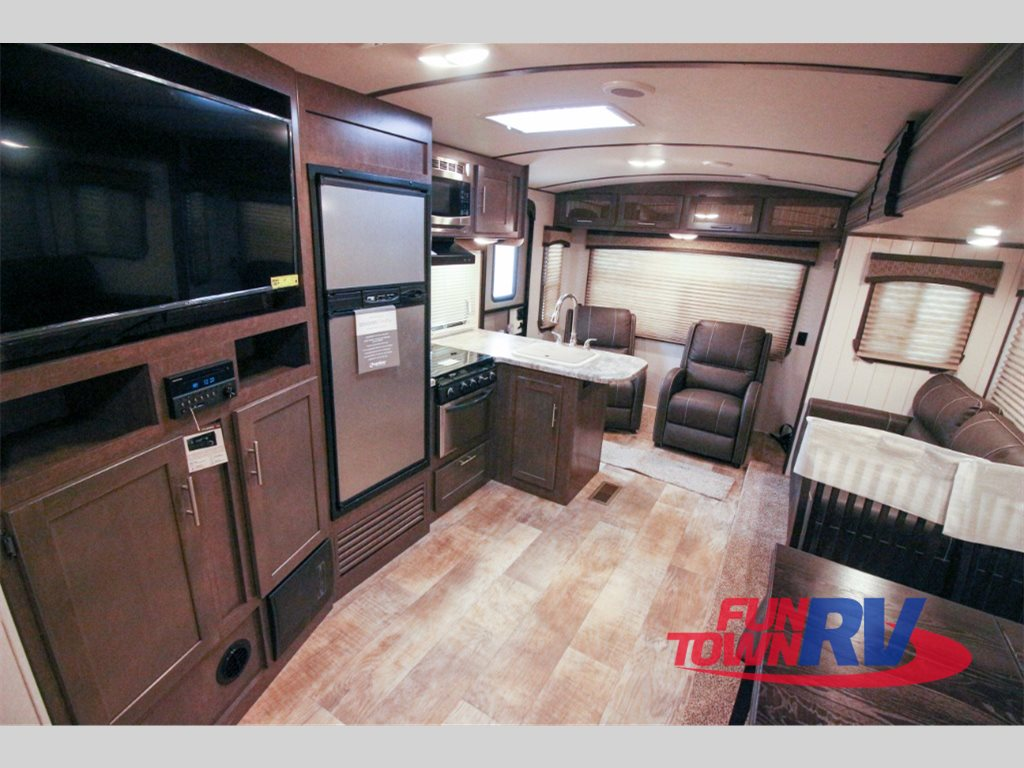 Crossroads Sunset Trail Super Lite Travel Trailers Rear Living