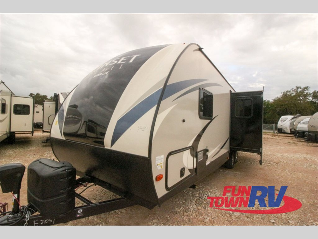 Crossroads Sunset Trail Super Lite Travel Trailers