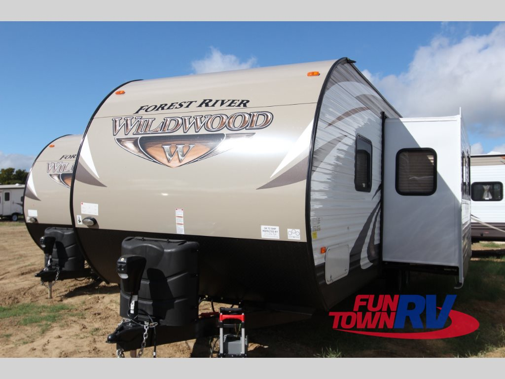Forest River Wildwood 28DBUD Travel Trailer