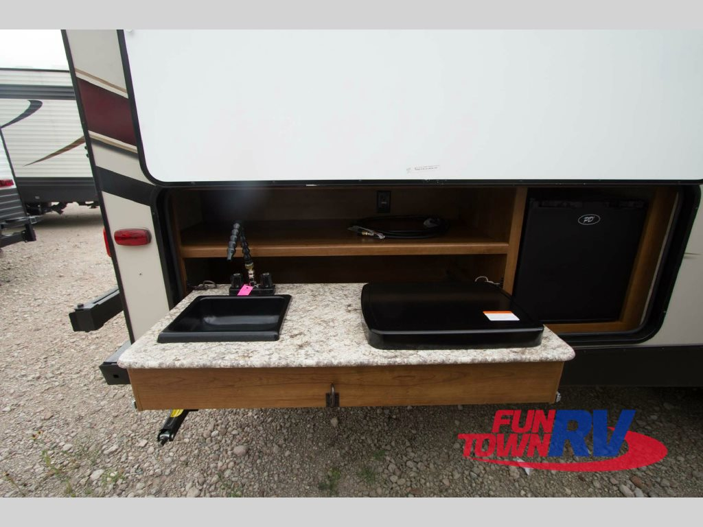 Prime Time Tracer Air Travel Trailer Outdoor Kitchen