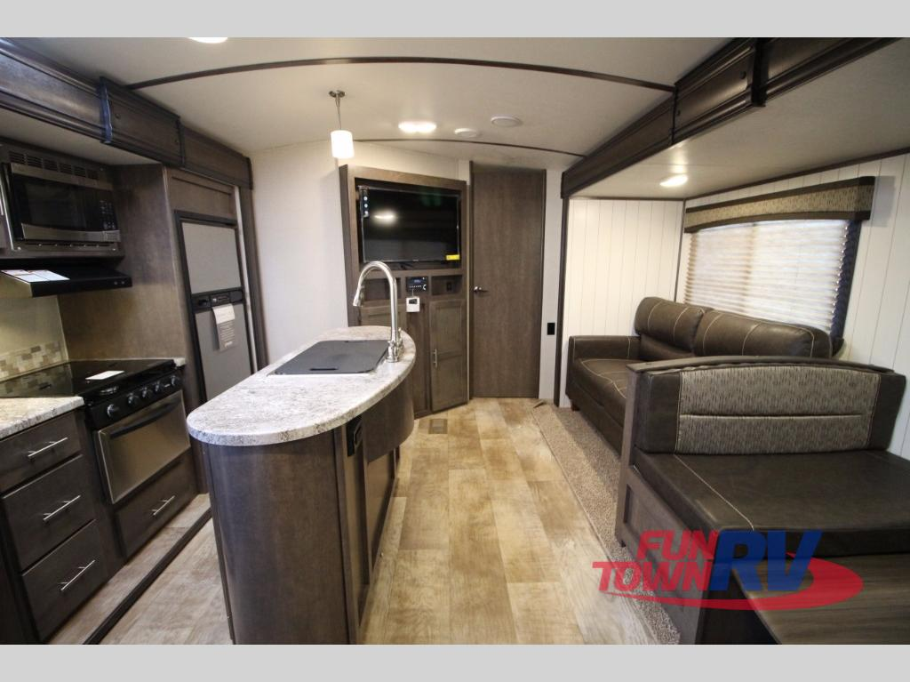 Crossroads Sunset Trail 331BH Travel Trailer Interior