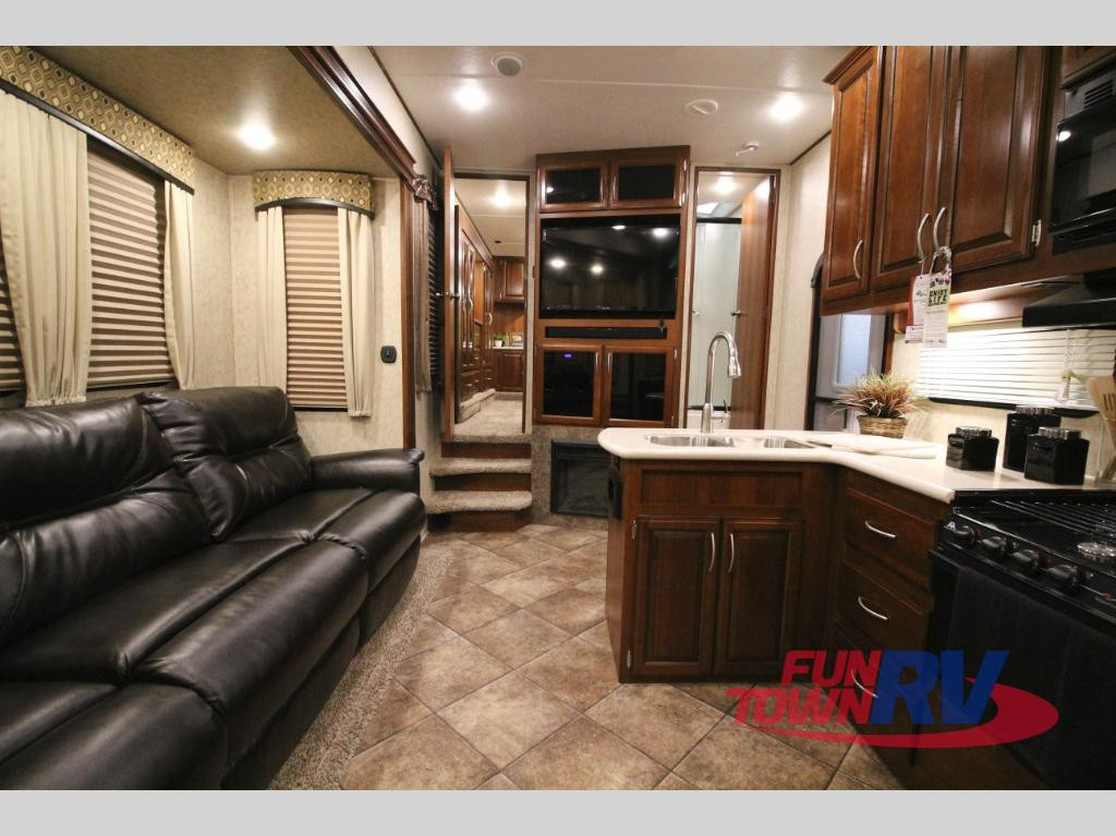 Forest River Wildcat Fifth Wheel Interior