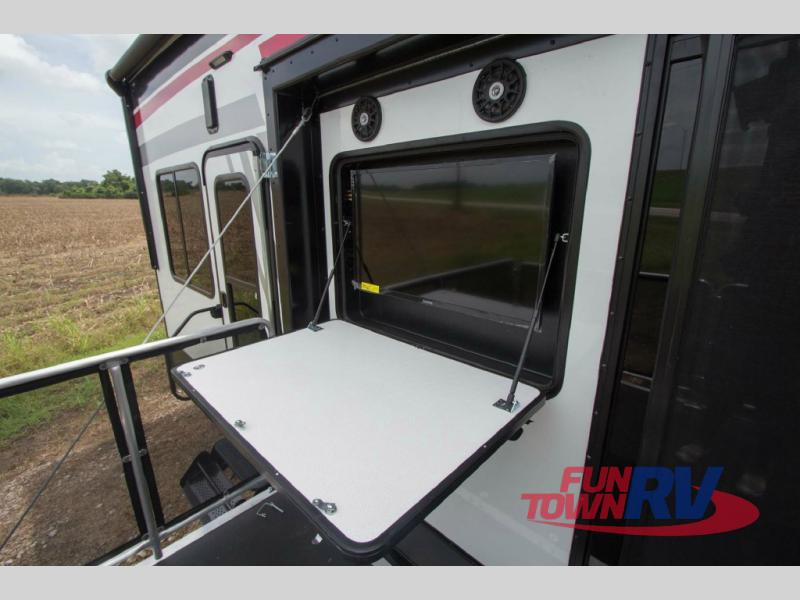 Cruiser Boss Fifth Wheel Toy Hauler Patio TV