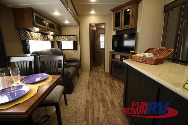 Coachmen Chaparral Fifth Wheel Living Area