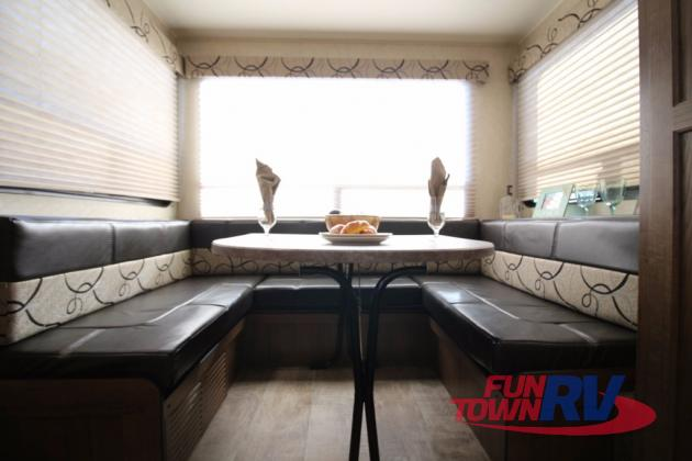 Gulf Stream Kingsport Travel Trailer Dinette