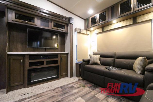 Forest River Sandpiper Fifth Wheel Fireplace