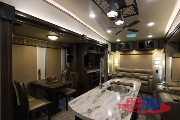 Forest River Sandpiper Fifth Wheel Seating