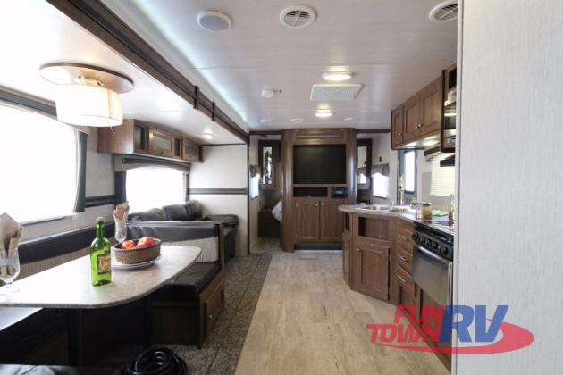 Heartland Trail Runner Travel Trailers Living Area