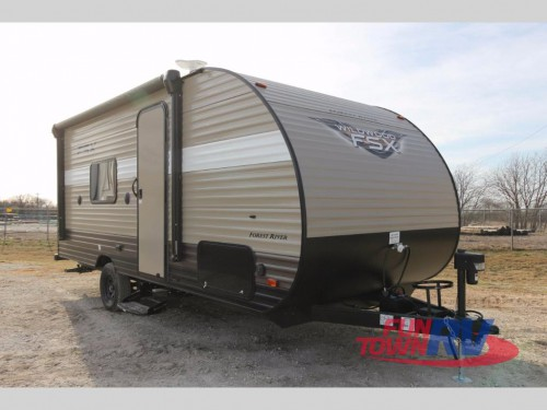 Forest River Wildwood 187RB Travel Trailer