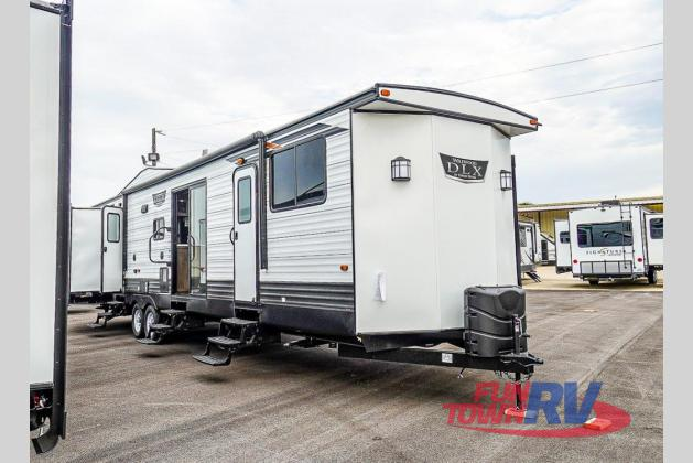 2021 Forest River RV Wildwood DLX 42QBQ
